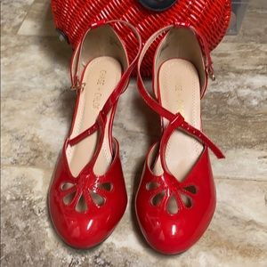 Chase and Chloe Pinup RETRO Vintage Heels Red